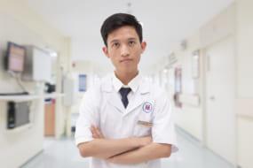 Bác sĩ Nguyễn Ngọc Lượng