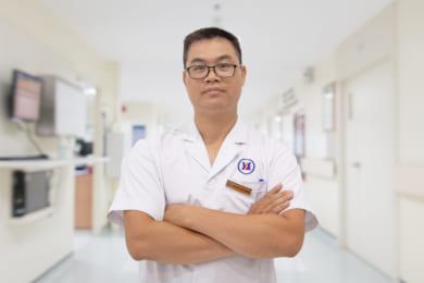 Bác sĩ Nguyễn Tiến Dũng