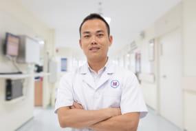 Bác sĩ Dương Quốc Oai