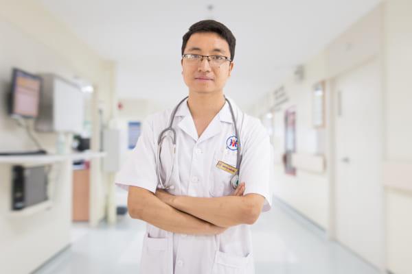 Bác sĩ Nguyễn Tuấn Đạt