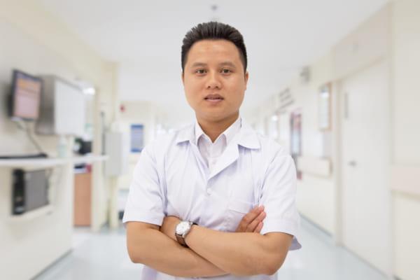 Bác sĩ Vũ Ngọc Anh