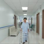Phẫu thuật thay khớp háng thành công, mang niềm vui trở lại cho bệnh nhân sau tai nạn không đi lại được
