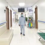 Phẫu thuật thay đĩa đệm nhân tạo cột sống cổ thành công cho bệnh nhân đau cột sống cổ dữ dội kéo dài nhiều năm