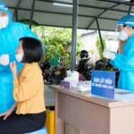 Bệnh viện đa khoa Quốc tế Hải Phòng – Vĩnh Bảo triển khai lấy mẫu xét nghiệm Covid-19 cho toàn thể giáo viên, người lao động ngành giáo dục huyện Vĩnh Bảo trước thềm năm học mới
